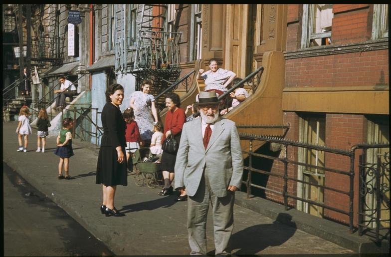1941 год в цвете. Ретро-фотографии с подписями.