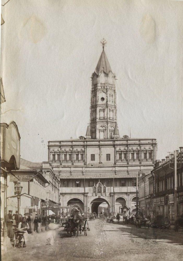 677. Сухарева башня