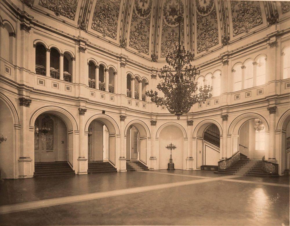 Интерьер Владимирского зала Большого Кремлёвского дворца