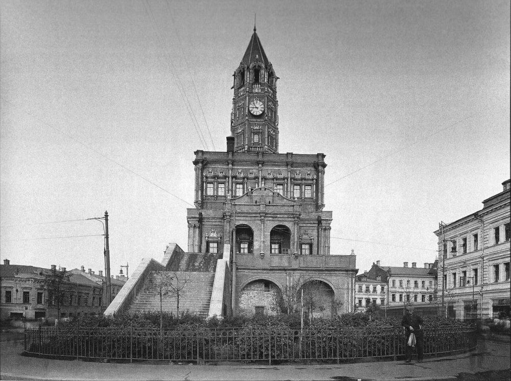 05. Сухарева башня