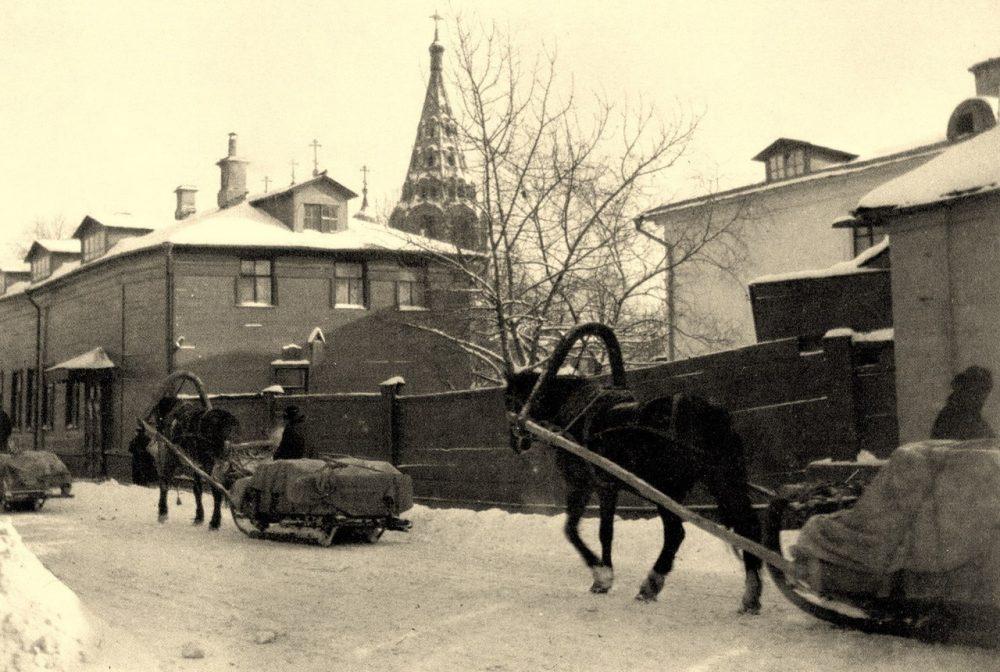 180. Большой Толстовский переулок. 1910