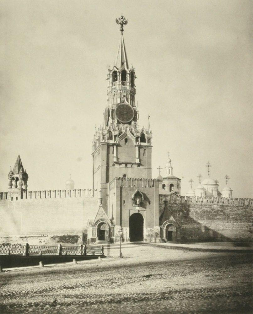 125. Белая Спасская башня Кремля, 1883