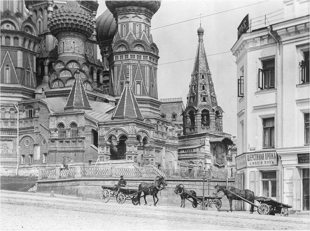 315. Красная площадь в Москве. Собор Василия Блаженного, вид с юга