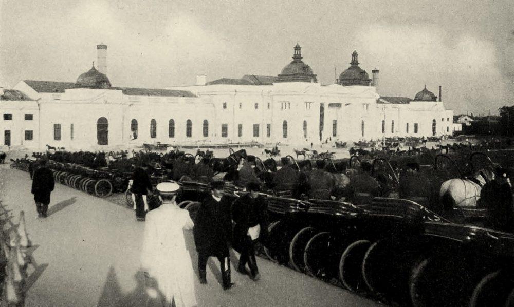 198. Извозчики у Курского вокзала.1903