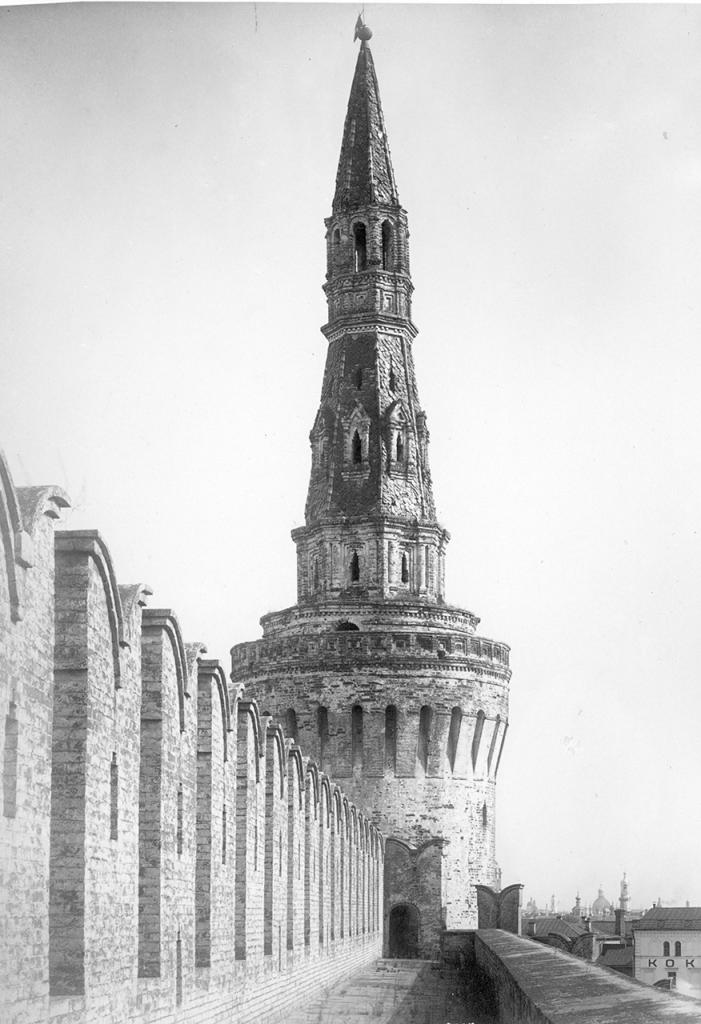 Беклемишевская башня. Верхняя часть