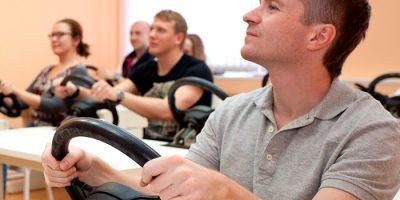 Курс «Владение рулём» в школе «Экстрим Драйв»