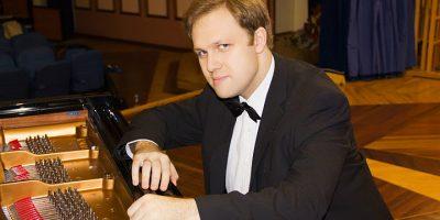 Концерт Алексея Чернова (фортепиано)