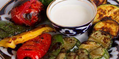 Все блюда меню и напитки, проведение банкетов для компаний до 70 человек в чайхане «Казан-Мангал» на Шаболовке со скидкой до 50%