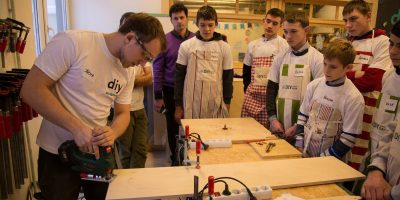 Детские мастер-классы воткрытой столярной мастерской «DIY Академия Bosch»