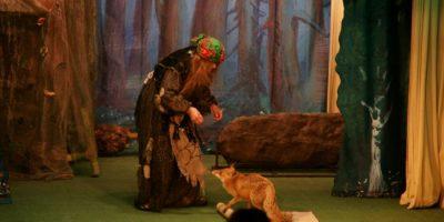 Спектакль «Как Бабка-Ежка доброй стала» в Театре «Уголок дедушки Дурова»