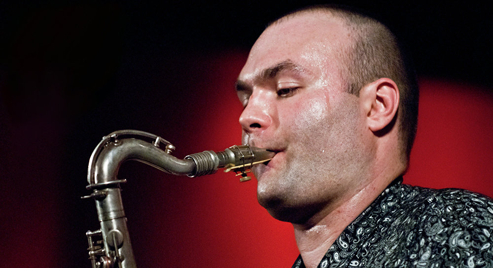 Midnight Jazz: Сергей Головня и «Swing Machine»