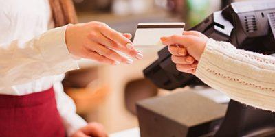 С картой клиента покупки стали еще проще