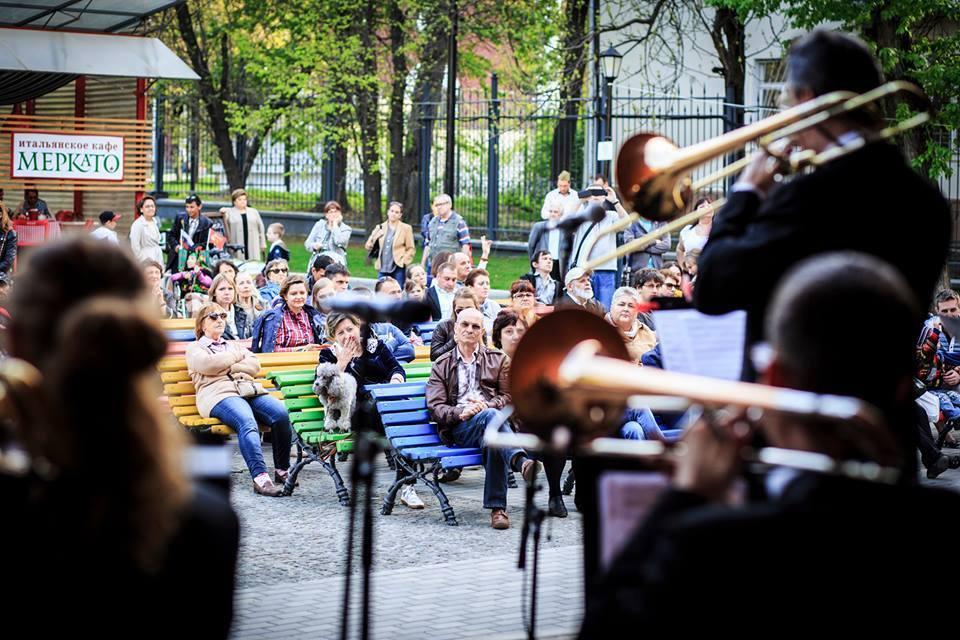 Джазовые концерты в саду имени Баумана
