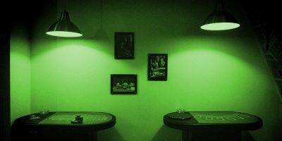 Квест «Карты, деньги, два стола» откомпании «Кубикулум»