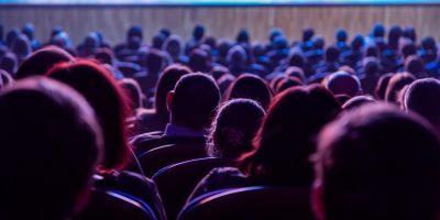 Билеты на комедию «Муж без гарантии» от Оптимистического театра со скидкой до 50%