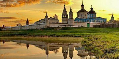 Автобусная экскурсия «Коломенские монастыри и дворики»