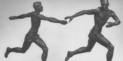 Выставка скульптуры на тему спорта