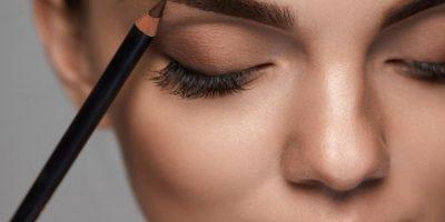 Коррекция бровей, наращивание ресниц, эпиляция в студиях красоты Foshka со скидкой до 80%