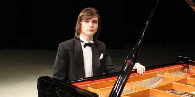 Концерт Дмитрия Майбороды (фортепиано), Степана Старикова (скрипка)