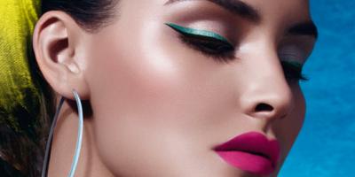 Мастер-классы и курсы по макияжу и прическам в школе-студии «8 марта» со скидкой до 51%