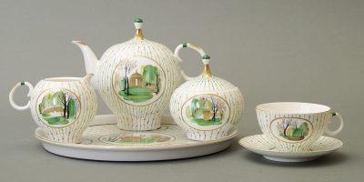 Выставка «Весна в Октябре. Художественное стекло и керамика 1960–1980-х годов из собрания Музея декоративно-прикладного и народного искусства»