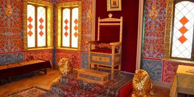 Пешеходная экскурсия «Романовы: дворец царя Алексея Михайловича в Коломенском»